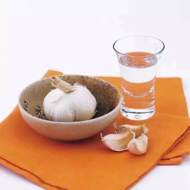 土豆好吃但讨厌削皮?!6招简易蔬果剥皮法你值得收藏!