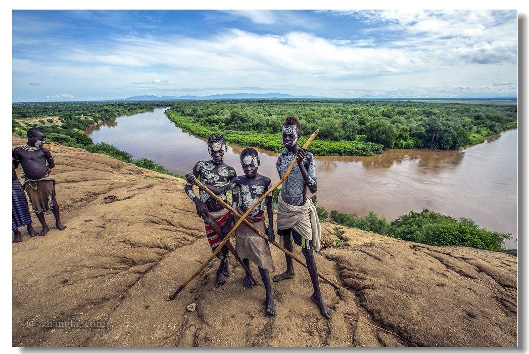 埃塞俄比亚原始部落的奇风异俗(上)