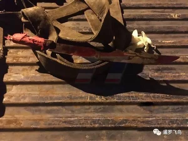 在泰国遭持刀抢劫 两名中国游客奋力反抗被砍成重伤