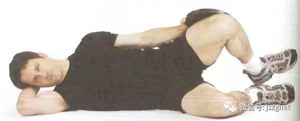 男士家中腿部锻炼方法 如何在家里锻炼腿部力量