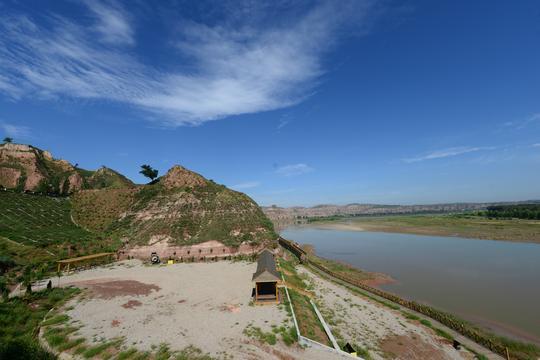 黄河入陕第一湾的清晨俯瞰