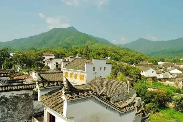 """""""安徽美术家村"""" 村里的乡亲们更是直截了当称之为""""画家村"""" 这里的老古图片"""