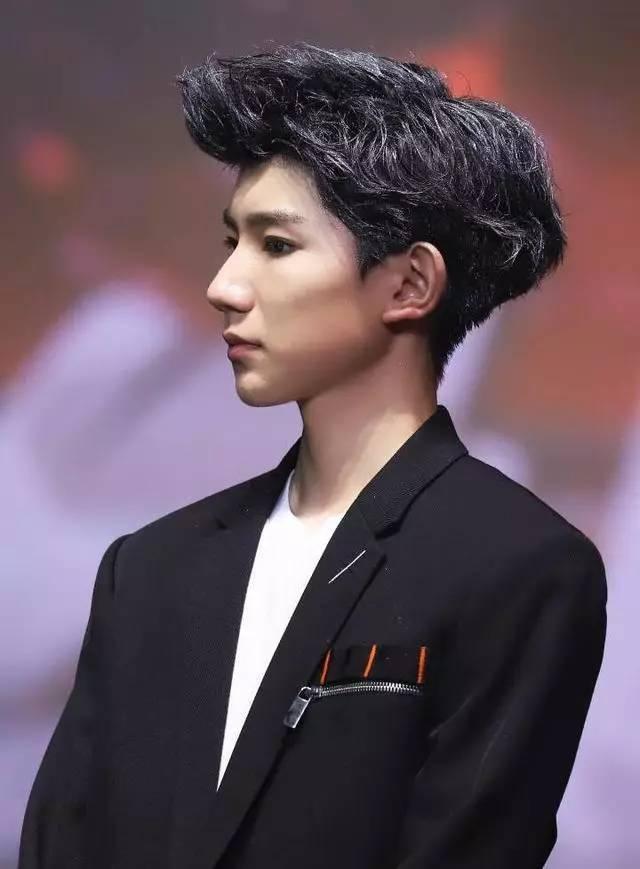 当王源遇上发型师,又帅又撩人,最后一个发型亮了!