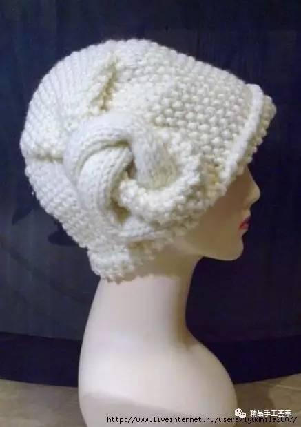 俄网特有创意的一款女士帽子图