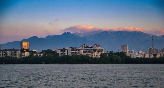 江西最有潜力城市,坐拥三大经济开发带,被称第一港口..