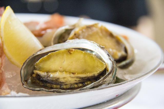 1288两位,青岛海边法式海鲜大餐,顶级食材海陆双拼,你图片