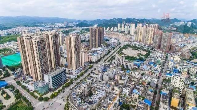 贵州省所有镇的人口_贵州省人口统计图