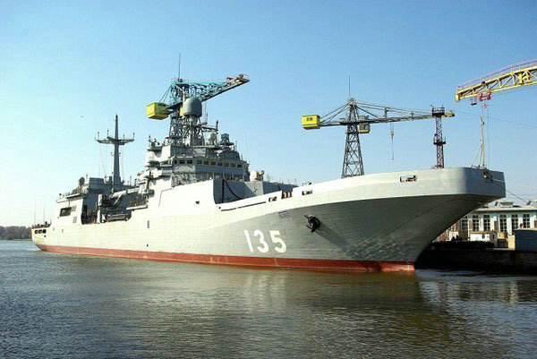 地表第二强海军的悲哀:花12年造一艘辅助舰 还不如直接买中国货