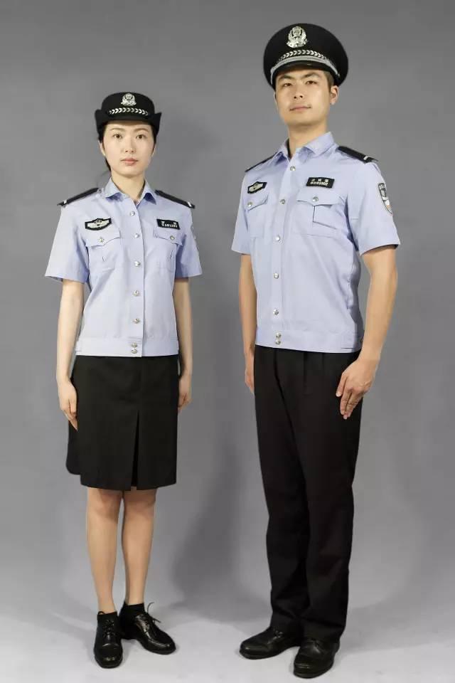 中国公安警服_警校新生看过来,为你示范人民警察警服规范穿着!