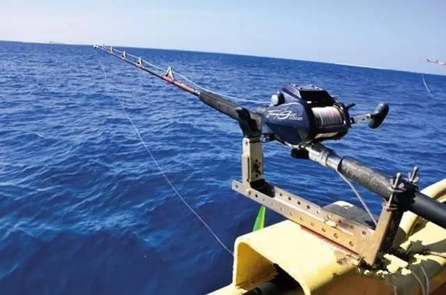 海天一线,轻风拂面,人在其中与鱼儿博弈,真是乐趣无穷,而这就是海钓.图片