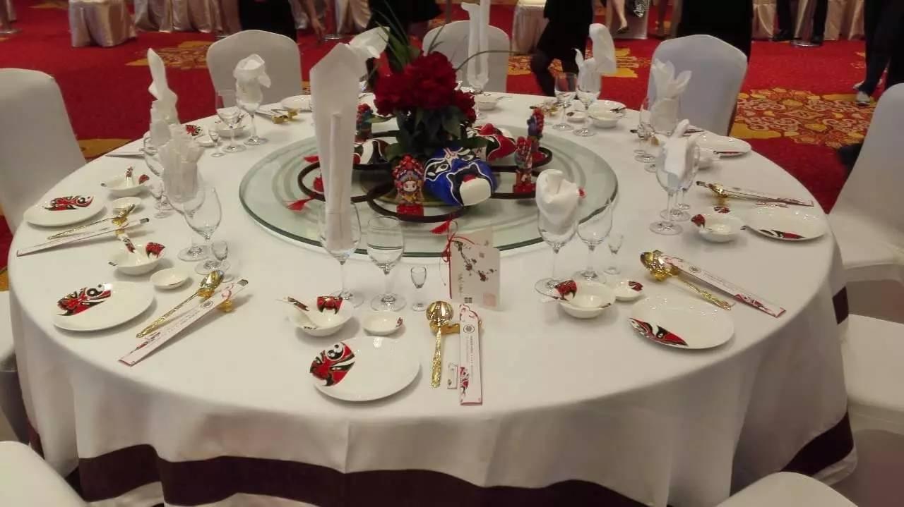 常熟国际饭店西餐摆台图片