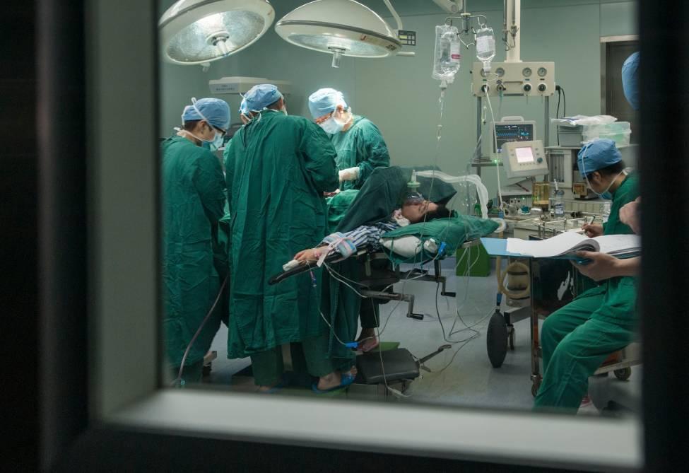 待产孕妇跳楼身亡:我的命捏在谁手里?没法选择怎么活