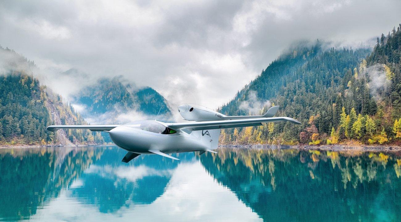 AKOYA阿科雅新一代私人水上飞机   让幻想变得触手可及