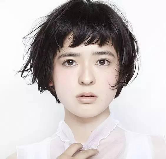 当下流行的60款发型参考,短发长发都有,想换发型的妹子看过来!图片