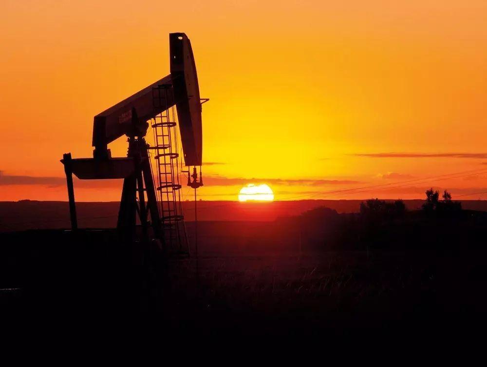 三年长跑后原油期货临门,能否影响国际石油定价尚待考验