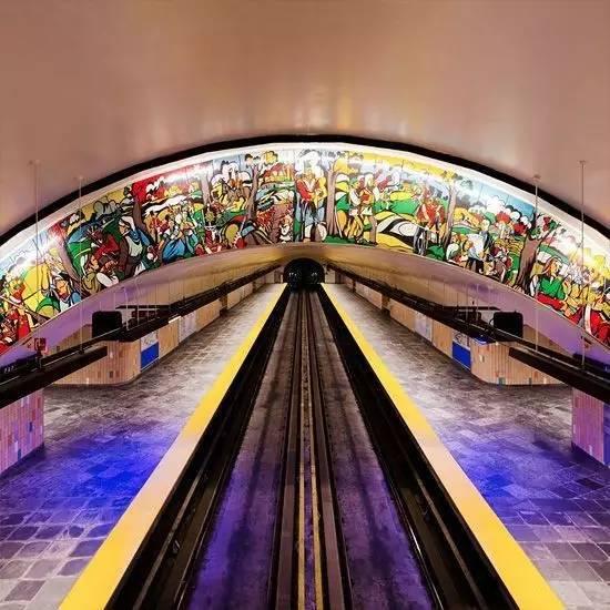 从地铁看一个国家的审美能力 - 格格 - 格格的博客