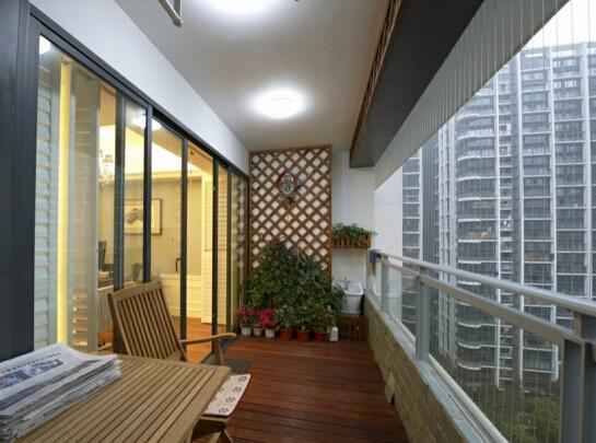 阳台装修:不同阳台样式的优缺点介绍