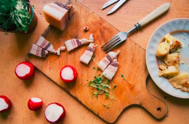 一碗猪油拌饭勾起多少人的回忆 原来吃了这么多年的猪油还有这么多的益处