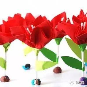 自己制作的手工花朵来点缀,这里我们来制作漂亮简单的儿童手工纸艺花
