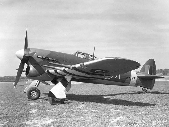 """二战战机 之 坦克杀手:英国""""台风""""战斗机"""