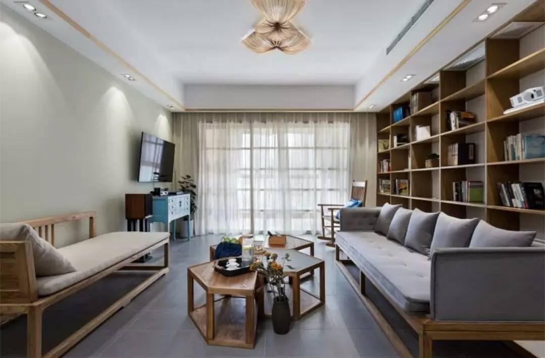 客厅和阳台连一起,窗帘怎么挂好?