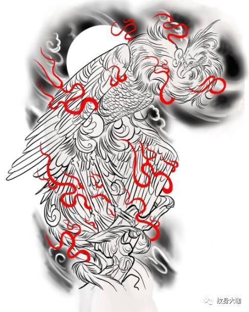 看来,是时候亮出我的纹身了!