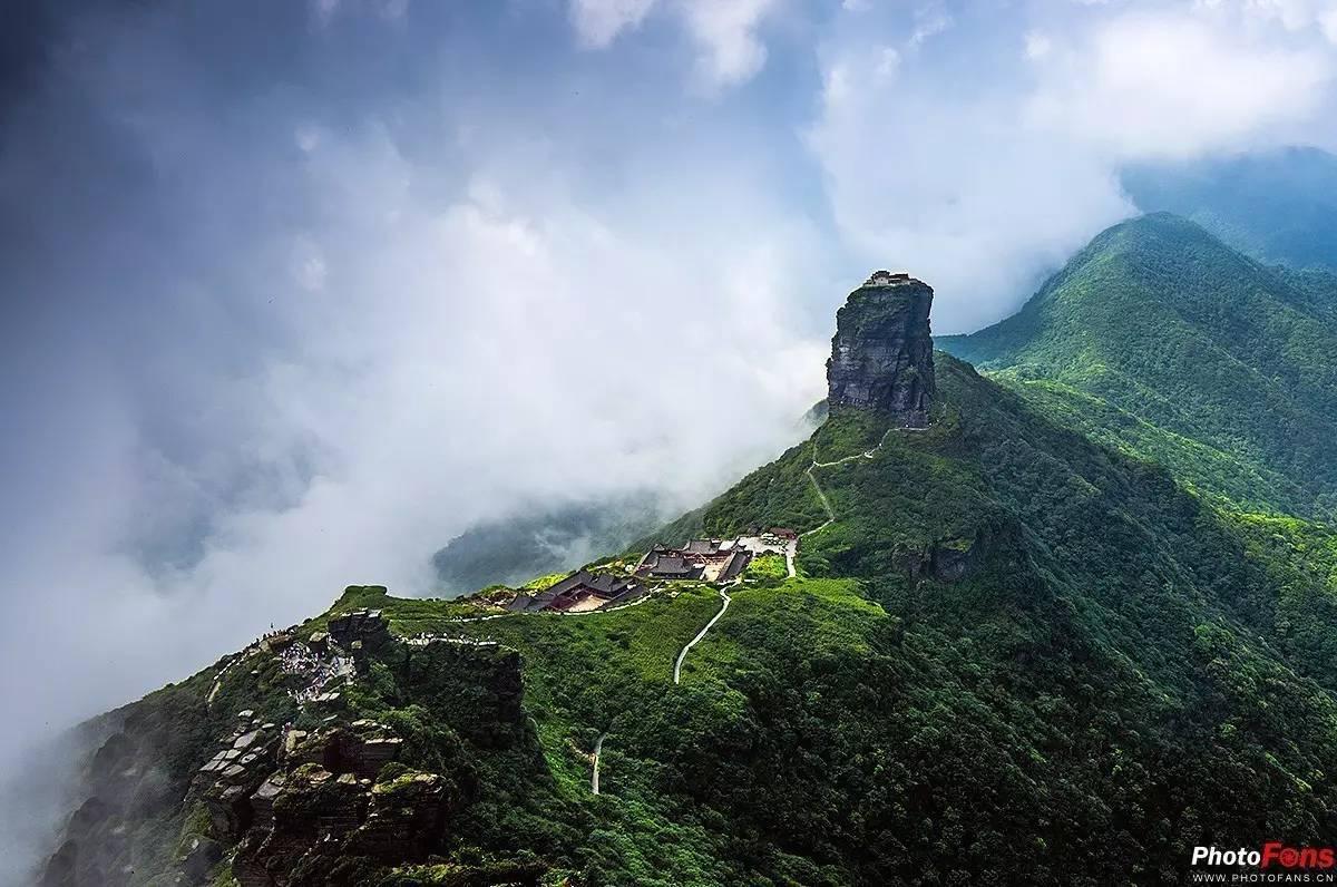 著名景点:梵净山,大明洞,思南温泉石林,石阡温泉群风景名胜区,亚木沟
