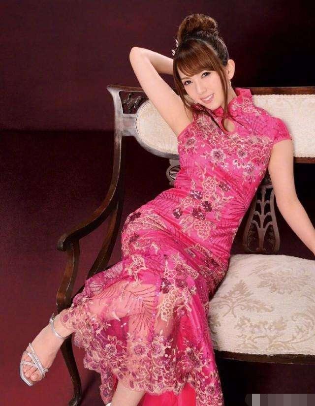 波多野结衣波猛愺���_波多野结衣亮相上海改装车展 粉碎结婚传闻并表示真的