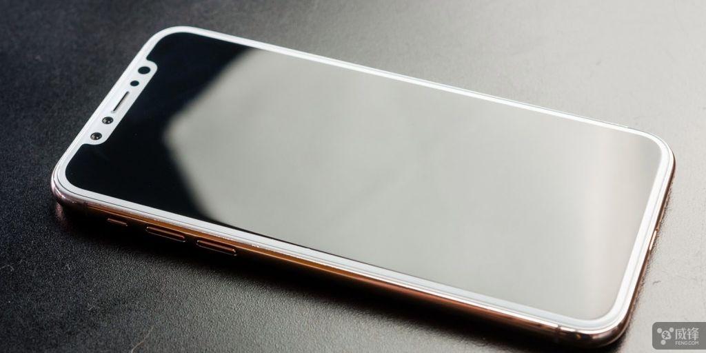 ����iPhone 8璁捐�$��姒�蹇�iPad锛���涓や釜����娴封��