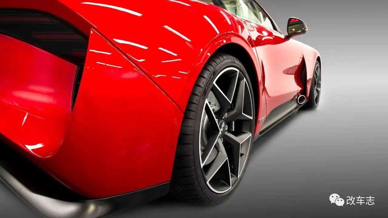 法拉利跑车真车_406匹马力TVR新款跑车亮相,但是看到这个造型法拉利笑了!