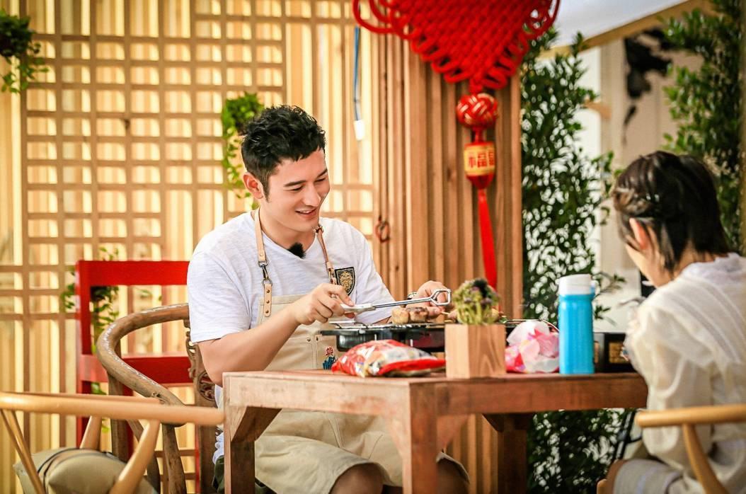湖南卫视《中餐厅》收视连续飘红!图片