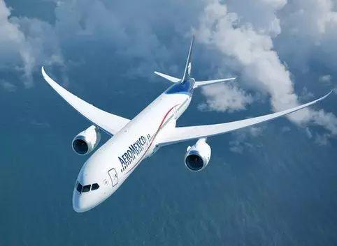 做梦梦到开飞机上天