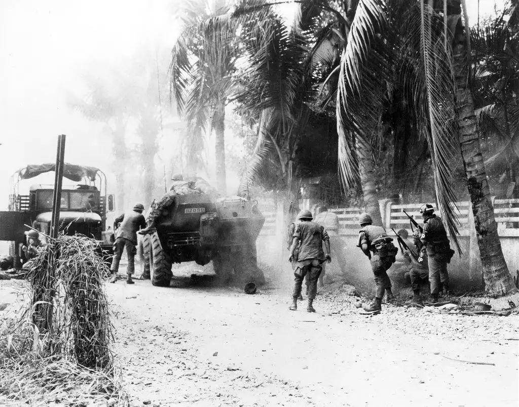 战地记者抓拍越战实况 wbr真切体验50年前的厮杀