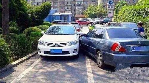 停车时最好将车头冲外,你知道为什么吗?