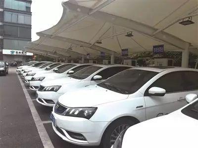 中国正在研究停售燃油车时间表是时候买新能源车了吗?