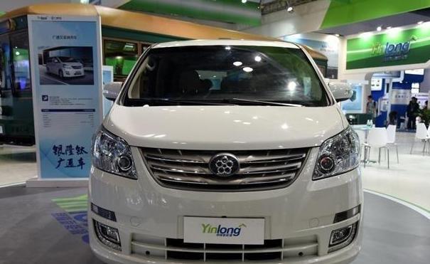 董明珠造的第一辆车上线了!王健林都喜欢这个新车标,你会买吗?