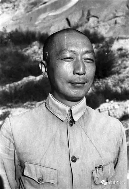 江主席的表情_历史 | 美国新曝出一批旧照,你在中国绝对看不到!毛是有胡子的