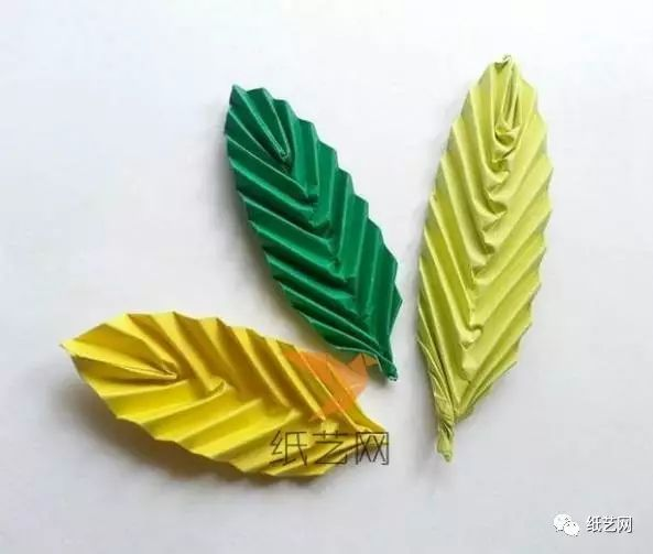 是不是很简单的折纸叶子制作教程,以后的折纸花都不愁没有陪衬了
