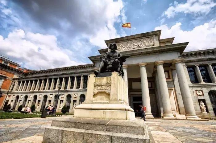 museo nacional del prado),又称为普拉多美术馆,收藏从14世纪到19图片