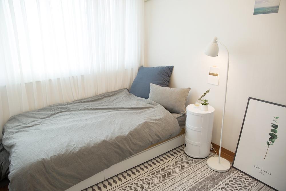 韩国姑娘爆改15平出租房,卧室,厨房,洗手间一应俱全
