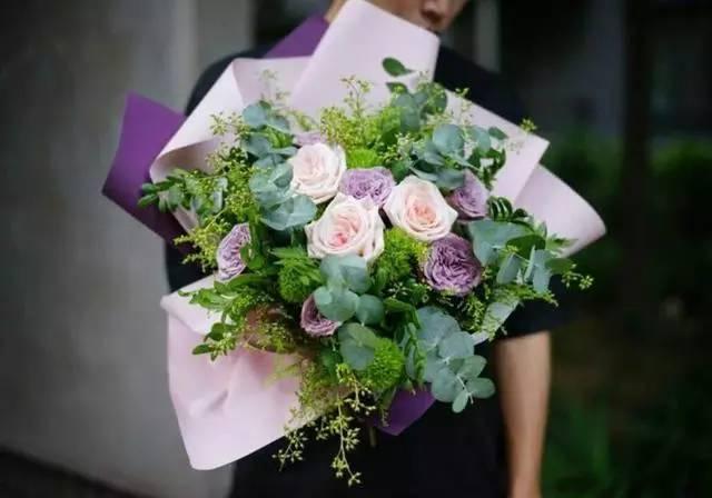 大师 她设计出英伦最美花艺,就连英国皇室都赞叹图片