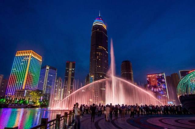 南宁市2018经济总量_南宁市经济适用房照片(3)