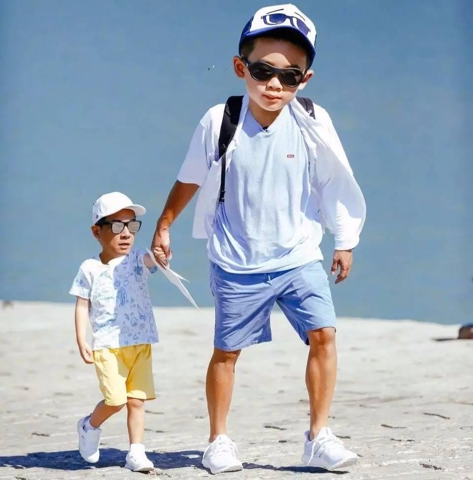能把 爸爸去哪儿 演成 变形计 的,也只有陈小春和Jasper了