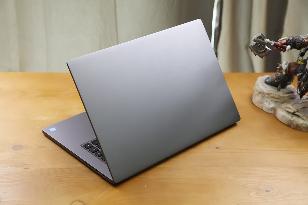 15.6英寸小米笔记本Pro开箱图片
