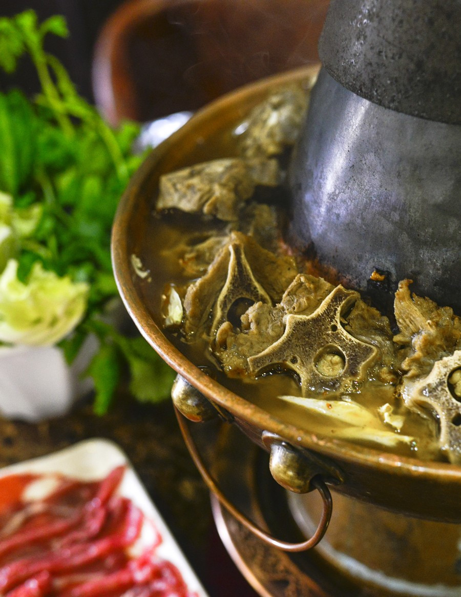 新品推荐 | 9月15日,羊虾将期待已久的羊蝎子锅正式上市!