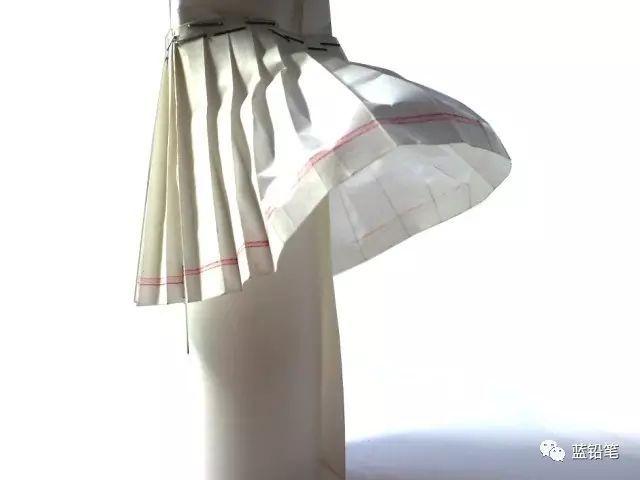 责 :   作为一个jk制服控,不会画百褶裙真的是最大的痛!
