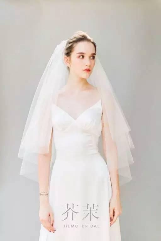 """新娘 头纱,时髦新娘必备的""""武器""""图片"""