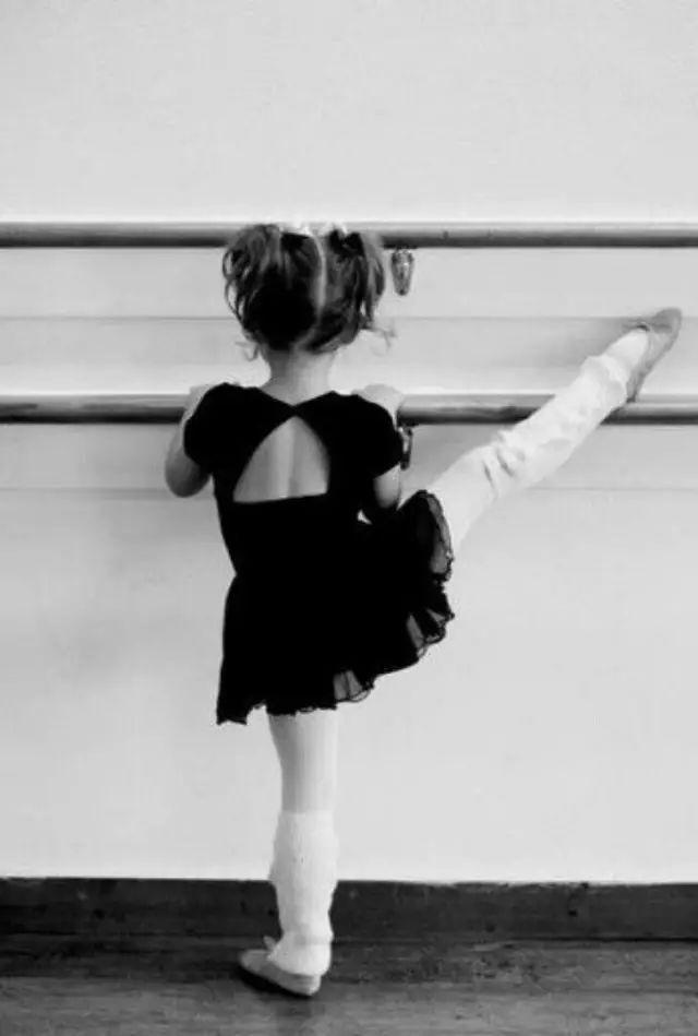 丹澜芭蕾主题免费艺术照活动报名截止啦~~!