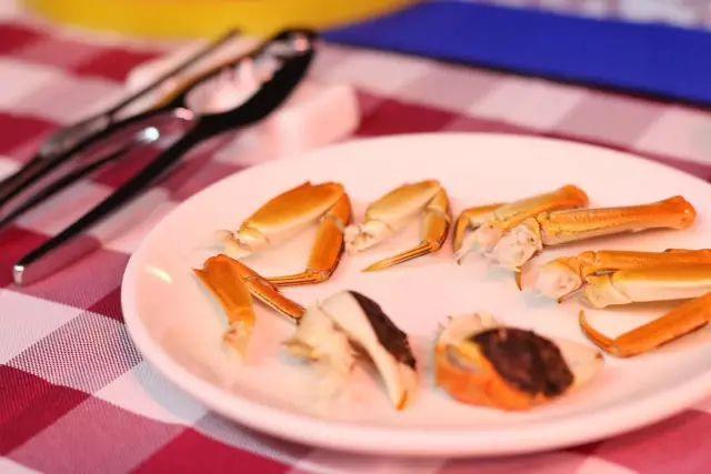 嫩鲍被干得流白浆_在重庆就能吃到肉嫩肥美的大闸蟹,半