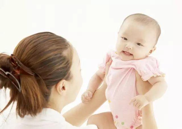 新妈妈乳房肿块,如何招快速解决!